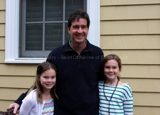 dennis-and-daughters